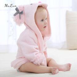 Commerce de gros Hot mignon bébé phoque à capuchon confortable peignoir de bain Vêtements de nuit