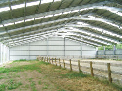 鉄骨構造の馬競技場(SS-616)