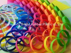 Изготавливаемое браслет из силиконового каучука