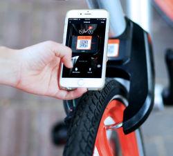 Sistema locativo della serratura dello Smart Card del sistema della bici della città della parte pubblica della bicicletta con il GPS GPRS Bluetooth