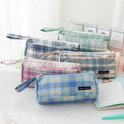 Le japonais portable cas crayon Ins Large-Capacity Plaid vent Sac de rangement en tissu rayé de la Papeterie étudiant cas crayon