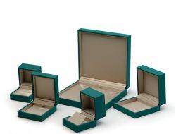 Logotipo personalizado Troqueladas paquete plano de la capa de caja de cartón corrugado 3 paquete