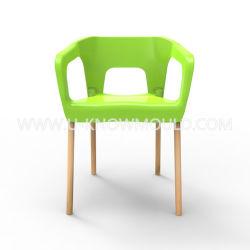 Hölzernes Bein-Stuhl-Form-im Freien Plastikstuhl-Spritzen