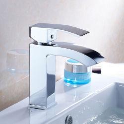 Квадратные туалетом горячей холодной воды смесители краны одной ручкой хром ванная комната латунные раковина под струей горячей воды