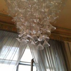 향연을%s 받침 달린 컵 샹들리에 펜던트 빛 LED 천장을 걸었다