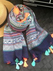 De hete van de Manier van de Geluiddemper van het Af:drukken van de Sjaals van de Sjaal Elegante van de Vrouwen Lange Zachte Af:drukken Sjaal Van uitstekende kwaliteit van de Dame