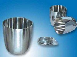 Crisol de platino de pureza más de 99,95%.