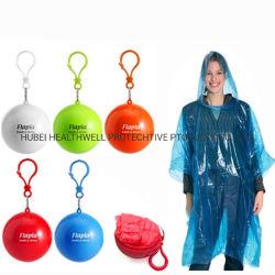 مواد ترويجية خارجية رخيصة إعلانات قابلة للاستخدام مع الماء الكرة المطرية القابلة للاستخدام كرة بونشو المطرية