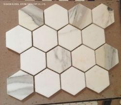 고품질 목욕탕 부엌 벽 Backsplash&#160를 위한 고전적인 Calacatta 금 또는 백색 대리석 모자이크 타일 육각형 모양;