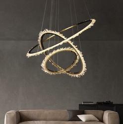 ديكور أزياء أوروبية CE LED ديكورات حديثة منزل الألومنيوم الفاتح ثريا قلادة كريستالية مستديرة أضواء معلقة إضاءة معلقة غرفة طعام بندول المصباح