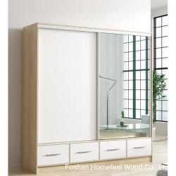 アルミニウムフレーム(HF-WF0704)が付いている現代光沢度の高いミラーの引き戸のワードローブのキャビネットの戸棚