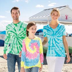 Logotipo personalizado Hombres Mujeres barato regalo promocional en blanco Deportes camisetas de algodón color hombre señoras con cuello en V T-Shirt colorido Cool t