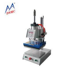 آلة تفريغ صغيرة ثلاثية الأبعاد آلة تفريغ الجلد آلة ستامبينغ