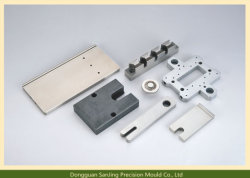 非標準高品質OEMのプラスチック注入のスペアー型の部品