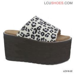 Boucle de ceinture en cuir femmes Wedge talons Peep Toe chaussures sandales de plate-forme