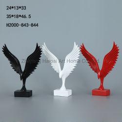 Mayorista personalizada Águila creativa la estatua de resina ornamentos armario TV