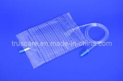 Sacchetto medico a gettare di drenaggio dell'urina con la valvola in opposizione