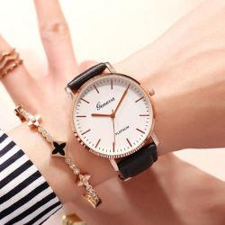 Casual de moda Homens Mulheres Relógios tira de couro da Marca Superior Senhoras Quartz relógio de pulso Relógio relógio de luxo-V1000