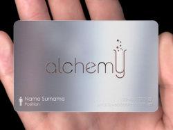 بطاقات أعمال معدنية بتصميم الشعار مجاناً