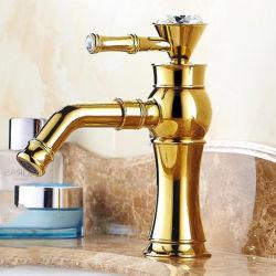 صنبور الحمام الذهبي الكلاسيكي من LG صنبور مقبض كريستال مثبت على المنصة