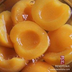 Tassya konservierte gelben Pfirsich im hellen Sirup in Büchsen