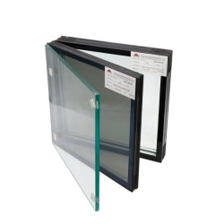 Energie - besparing, het Behoud van de Hitte en Geluidsisolatie die Hol Glas isoleren