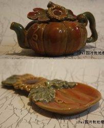 Керамики Teapot тыквы и пластины