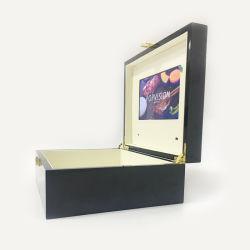 中国の高品質2.4のインチ誕生日または他の祝祭のギフトのための木製LCDのビデオギフト用の箱
