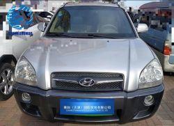 A Hyundai Tucson Deslocamento 2,0L usados SUV de acionamento automático