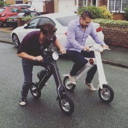 Nouveau style populaire Kids Kick Scooter roue LED de gros Kids pied scooter de pulvérisation avec de la musique