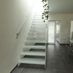 Escalier moderne Accueil décorer verre blanc balustrade étapes escalier de verre