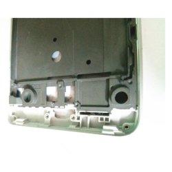 携帯電話のアクセサリは、携帯電話の背部シェル、アルミ合金のダイカストで形造るフレーム、処理の全プロセスに金属をかぶせる