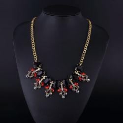 A acrilamida Neckalce Boémia de cristal de moda para as mulheres