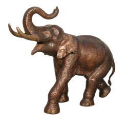 Statua animale dell'elefante Bronze d'ottone a grandezza naturale con la punta allevata
