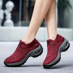 2019編まれた綿の歩きやすく、純粋な固体High-Top偶然靴のソックスの在庫のハイヒールのダンスの靴