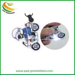 Voiture personnalisée LED de forme de chaîne de clé pour la promotion des dons PVC trousseau de clés