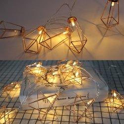 Amazon Venta caliente Simple Five-Pointed Nórdico de hierro forjado, Estrella de Oro Rosa Diamante Ins cadena luz geométrico del punto de luz decorativa