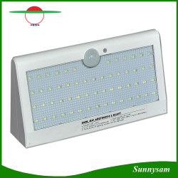 O modelo mais recente 3,5 W 6000mAh 57 LED impermeável ao ar livre movimento Solar Garden Light com 3 modos de funcionamento