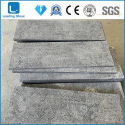 Piastrelle cinesi Blue Limestone con finitura a fiammato e spazzolato pavimentando all'aperto Angolo di rotazione taglio a misura