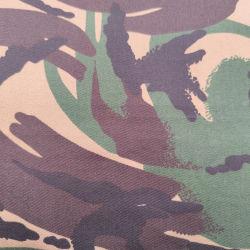 سجادة مغطاة بخيول PU مقاومة للماء والتهوية ومبهجة ومبهجة ومبهجة ومبهجة 1200 يوم من النسخ التكسير مع إيقاف أكسفورد القماش
