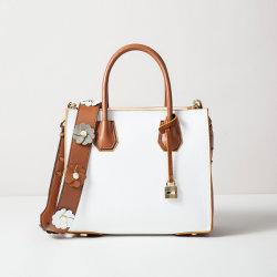 装飾的なHandbag Leather Handbag Women花PU袋のクラッチ・バッグの女性ハンドバッグのトートバックのショルダー・バッグの革製バッグの女性が付いているデザイナー方法女性ショルダー・バッグ