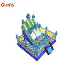 """Aufblasbarer Spielplatz mit """"Slide Giant Inflatable Slide"""" in King Castle"""