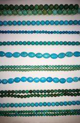 Semi preciosa piedra azul turquesa cristalina del grano flojo