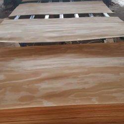 Impiallacciatura naturale del fronte di legno di pino del taglio rotativo senza nodo