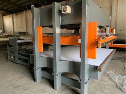De semi AutoVerpakking Nachine van de Machine & van het Broodje van het Kompres van de Matras (enige as)