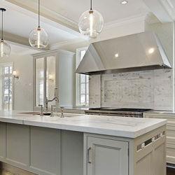 Borda Bullnose completo bancadas de quartzo sólido para a decoração da casa de banho