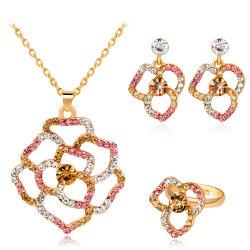 Haut de la conception de gros cadeau de promotion 2018 Mode féminine Accessoires bijoux mariage Earrings Fashion femmes Fleur de cristaux colorés bijoux Set