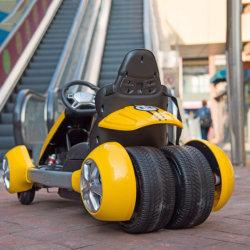 بطارية متعددة الوظائف تشغيل سباقات الكارت ، الكهربائية الذهاب دواسة الصمام الخفيفة سباقات السيارات الكهربائية المحور الكهربائية الكرنج سعر السيارة