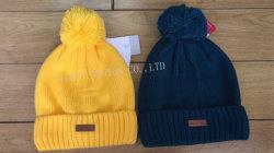 Poms 큰 형식 뜨개질을 하는 베레모 모자에 아크릴 온난한 모자