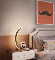 La decoración de la tapa de la clase Astro tener luz de vela sola RS 211 LED Saso Lyxury diseñador italiano moderno de la resina de alta Wnd níquel con la misma forma de jarrón de cerámica de lámpara de mesa